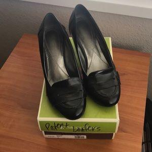 Naturalizer Ballena black heeled loafers